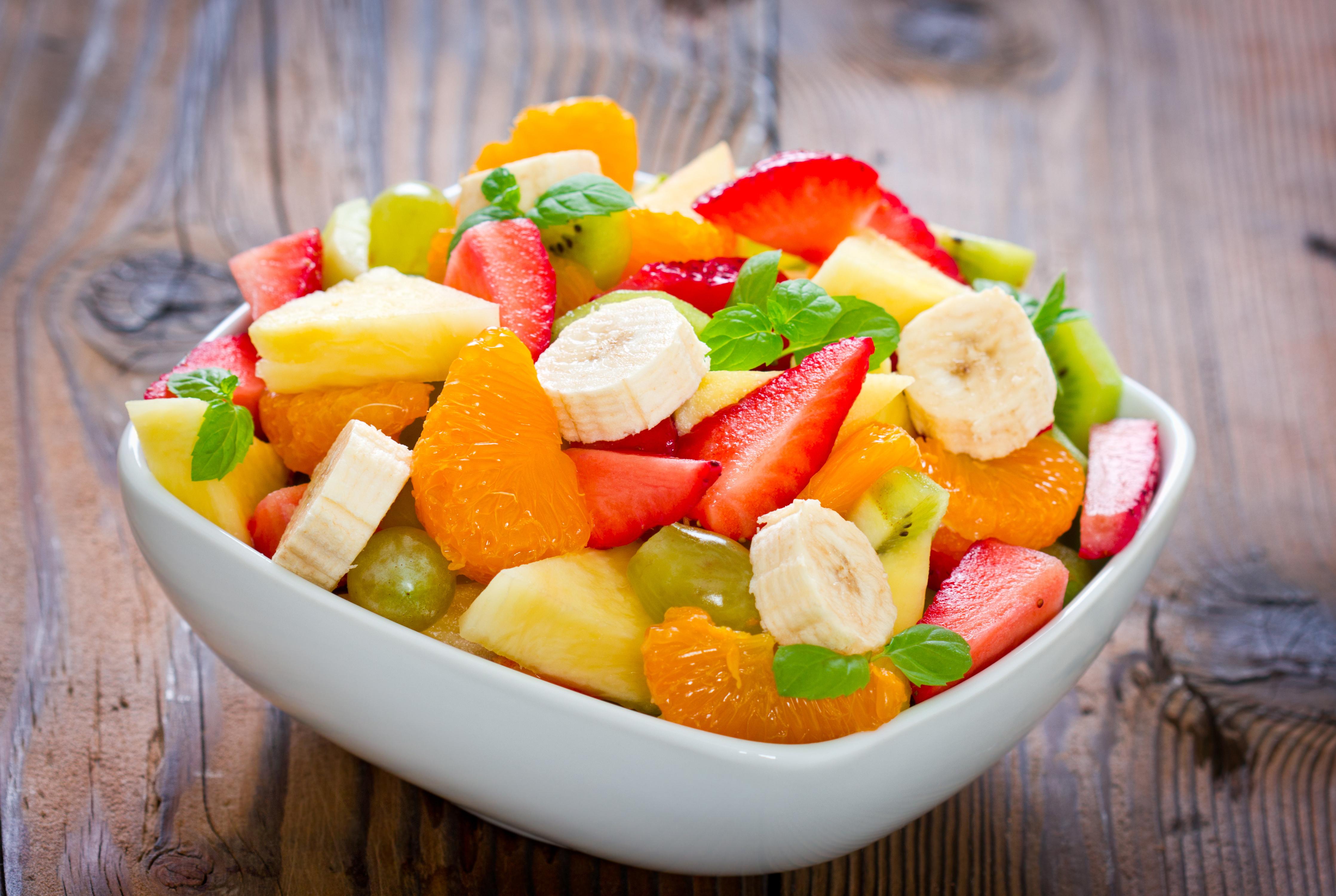 desert-fruktovyy-salat-banan