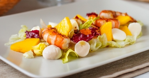 salat-iz-krevetok-s-mocarelloi-6